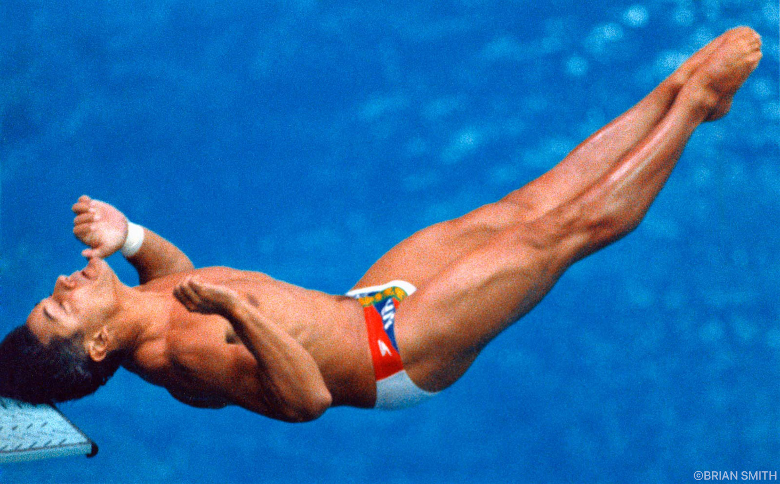 Greg Louganis hits his head on the diving board 1988 Seoul Olympics photographed by Brian Smith