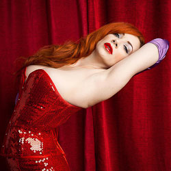 burlesque photography and portraits of burleque
