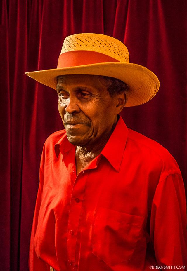 portrait photography in Cuban nightclub Zeiss Touit 32mm