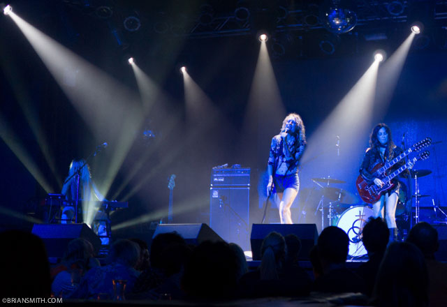 Lez Zeppelin concert New York