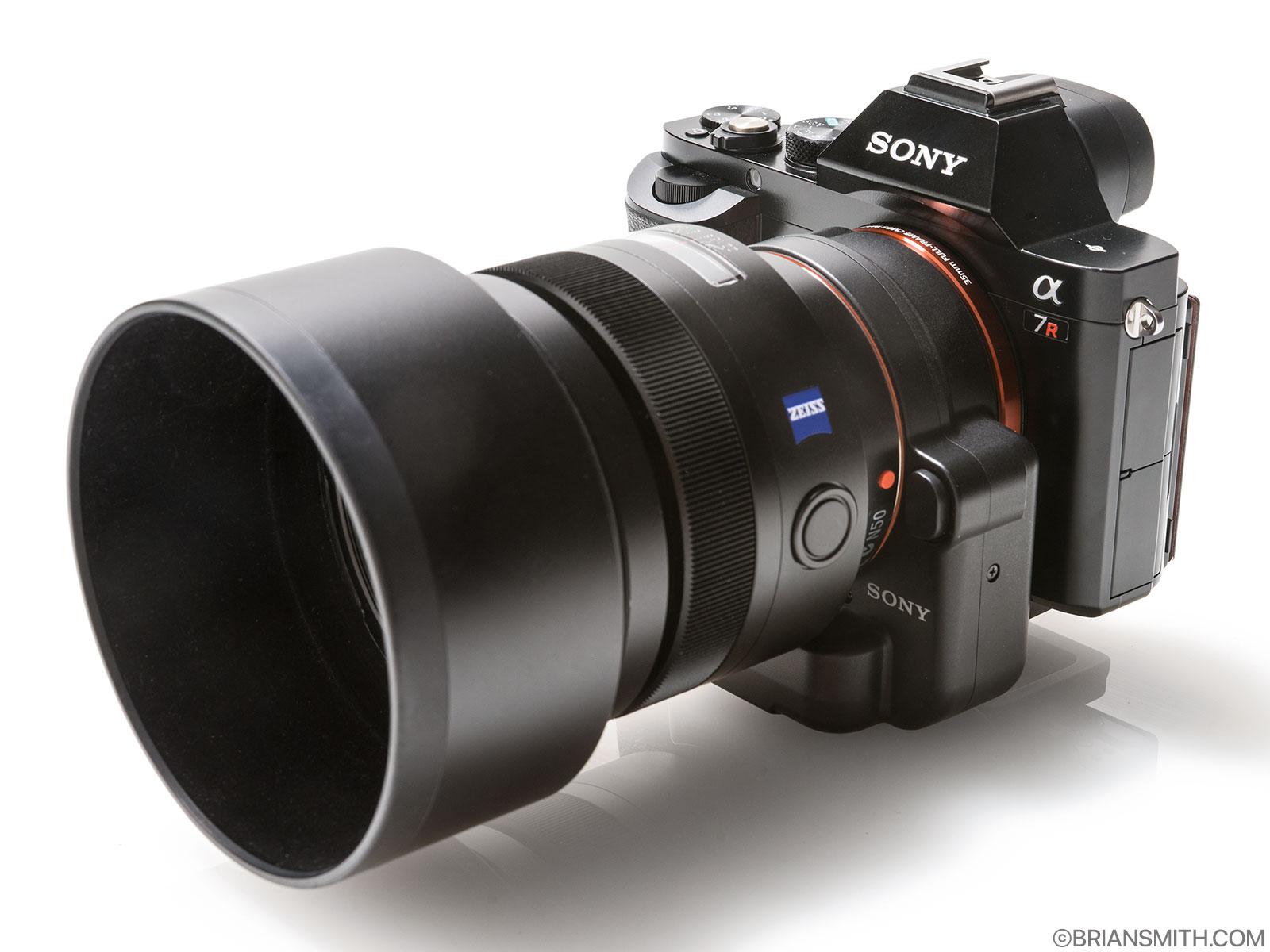 Sony a7R with LA-EA4 lens adapter an 85/1.4 ZA lens