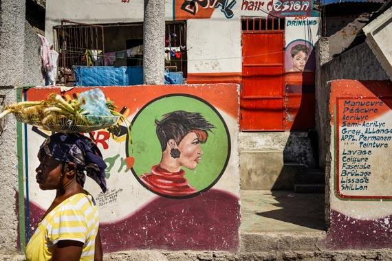 Brian Smith award-winning photographs of Haiti