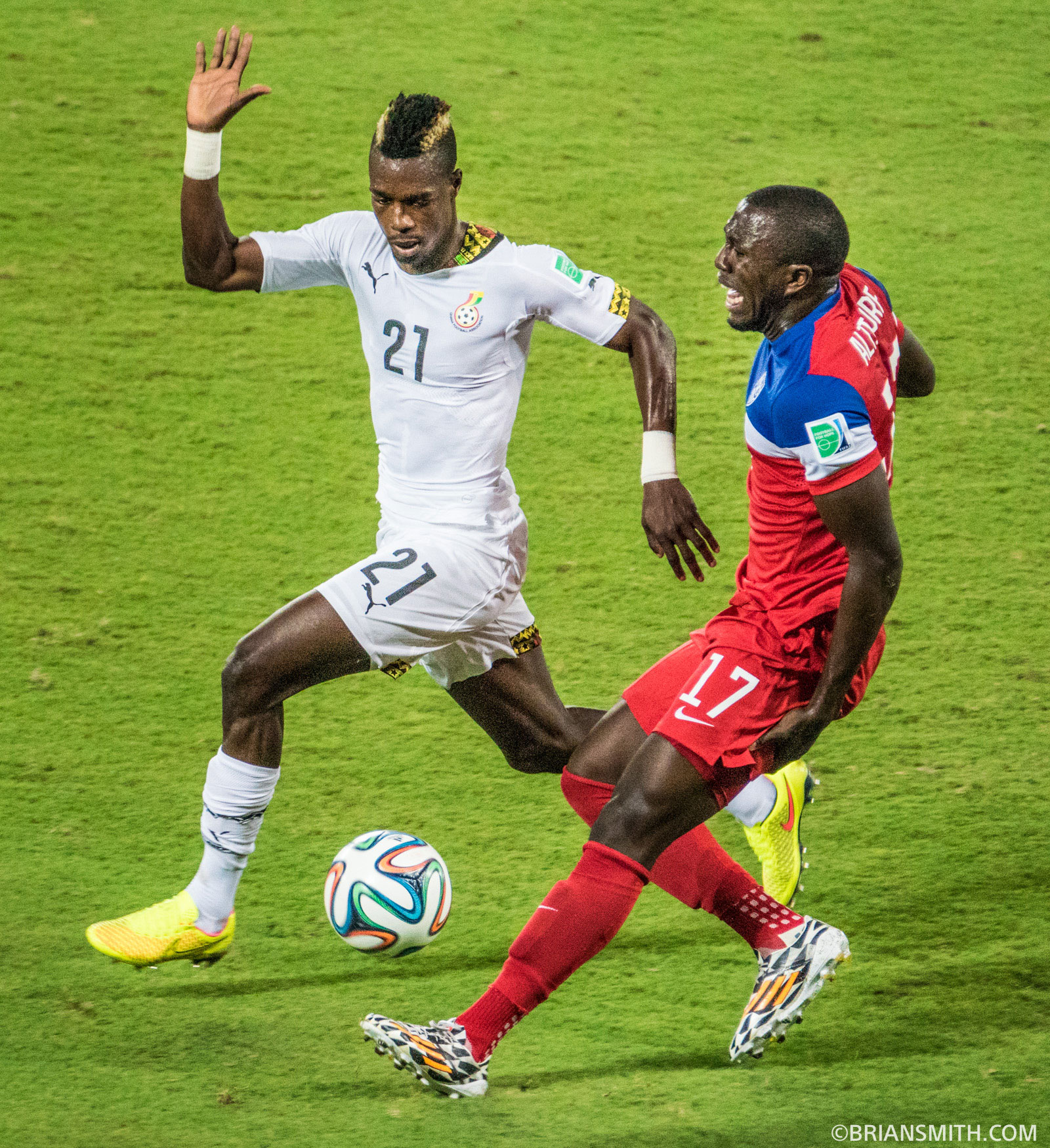 Jozy Altidore pulls a hamstring in USA-Ghana Match in Natal, Brazil shot on Sony a77 II