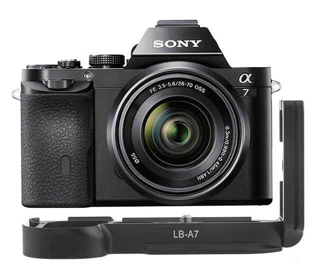 Guide to Sony a7 a7R a7S a7II a7RII a7SII camera accessories