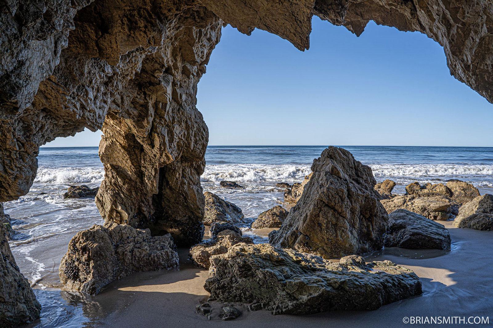 Sony FE 24mm Compact Prime lens El Matador Beach