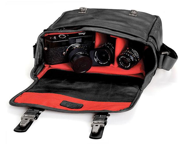 Ona-Berlin-II-Camera-Messenger-Bag-Black-4