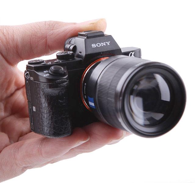 Mini-Sony-a7II-05