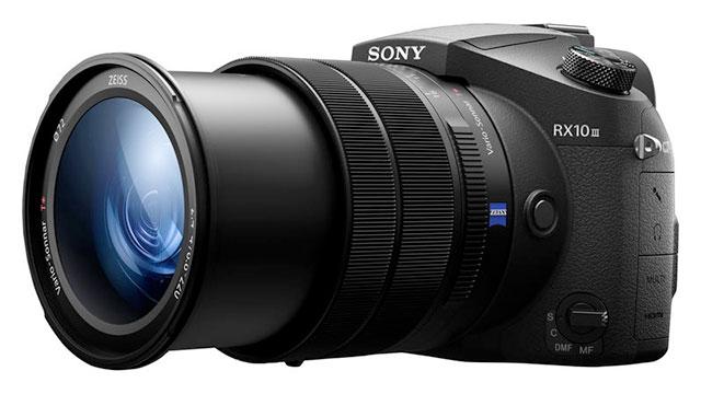 Sony-RX10-III-side