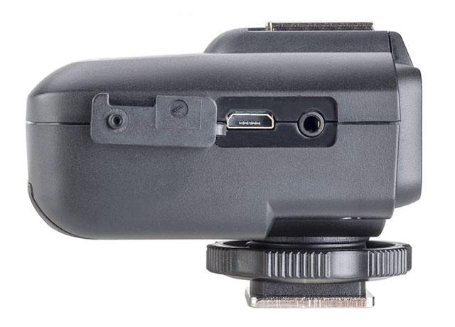 Flashpoint-R2-TTL-2-4G-Wireless-Receiver-Sony-Ports
