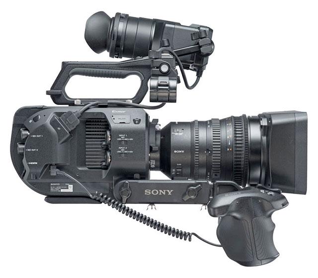 Sony-FS7-II-side