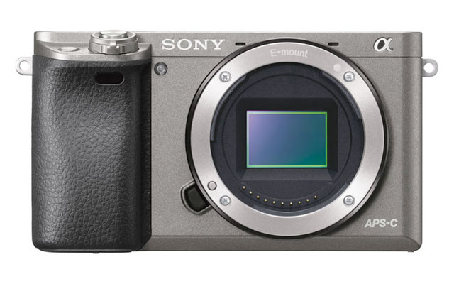 sony-a6000-graphite-front