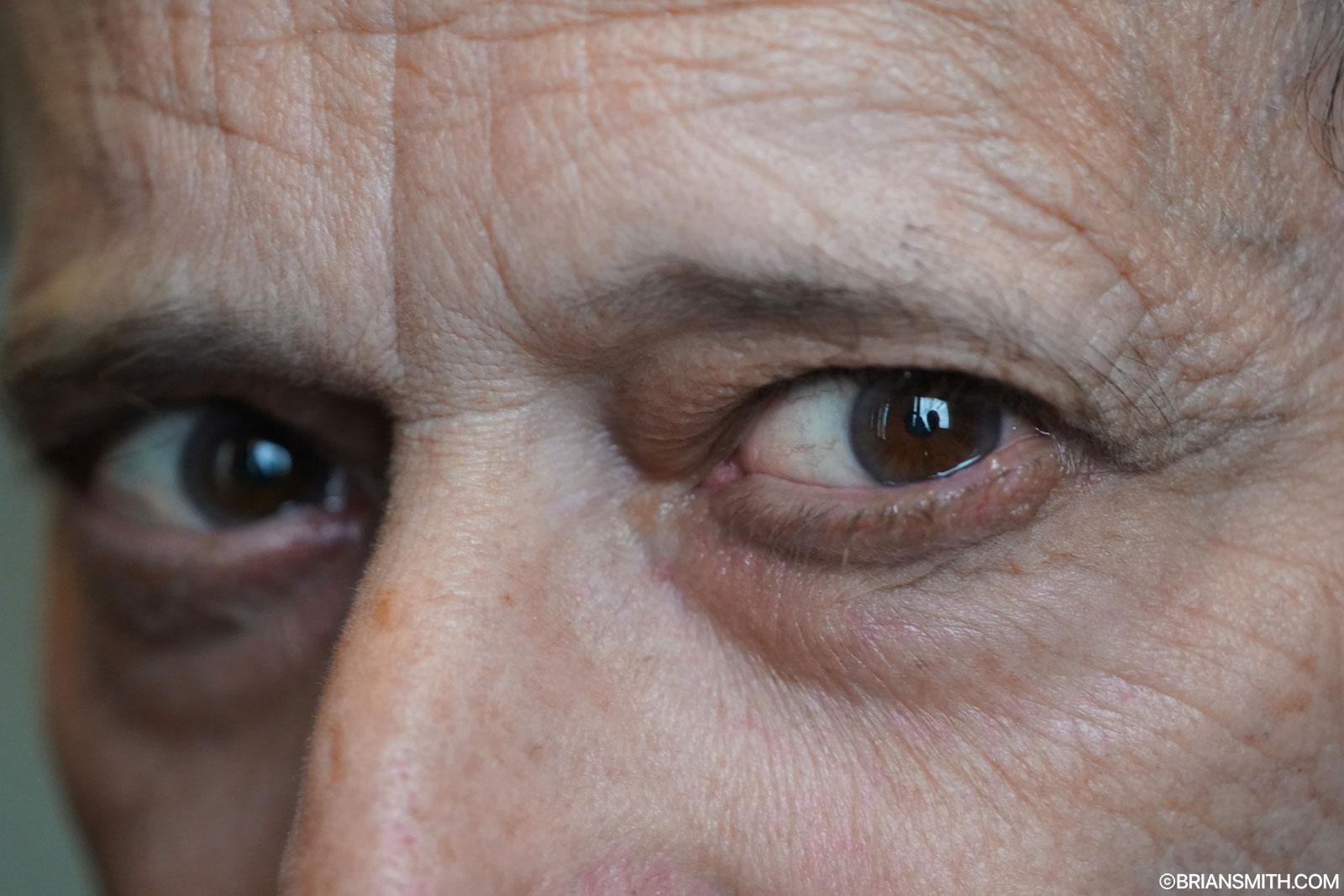 David Burnett eyes Sony FE 100-400mm GM close focus