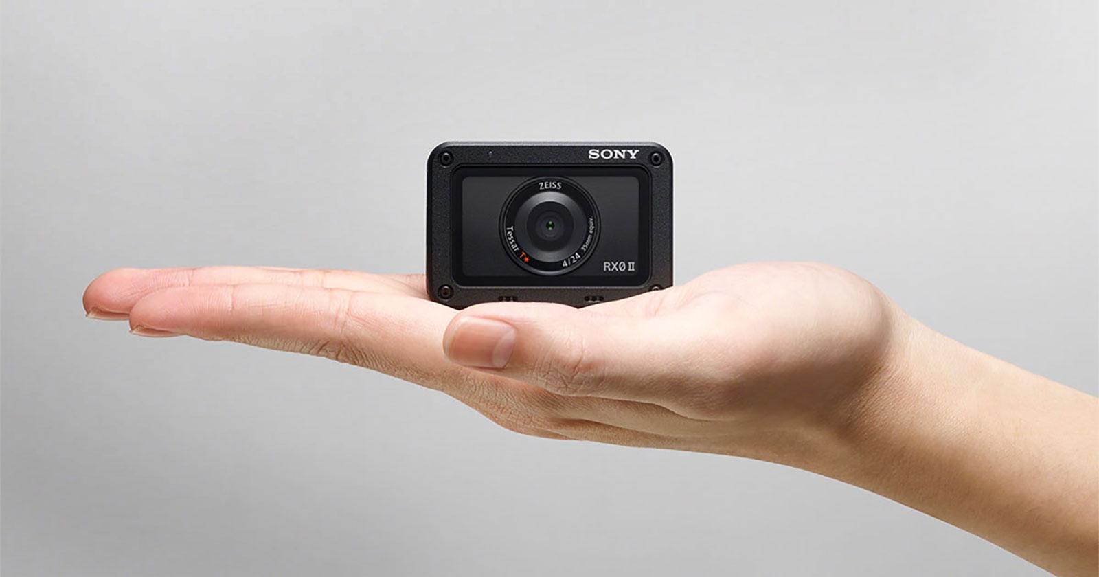 Sony RX0 II camera size